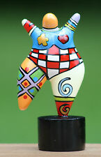 Hommage an Niki de Saint Phalle - Skulptur Figur Dicke Frau Molly NANA small TOP