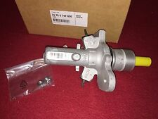 BMW 2002-2008 745i 745Li 760Li 750i 750Li Brake Master Cylinder Genuine BMW