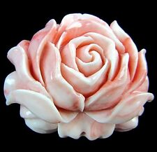 Beautiful unique pink Tridacna carved flower Pendant bead V6210