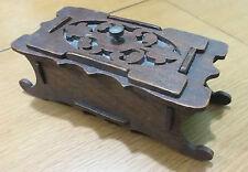 Scatola in legno realizzato a mano con coperchio