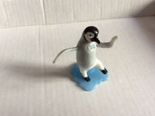HAPPY FEET 2 KINDER 2011 MAMBO