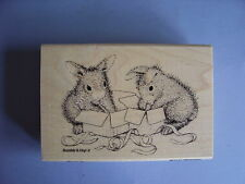HOUSE MOUSE RUBBER STAMPS HAPPY HOPPERS OPENING GIFTS NEW wood STAMP