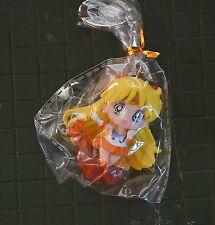 Sailor Venus key chain ring sailor moon keychain sitting