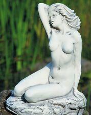 Skulptur Gartenfigur Gracia, Steinnachbildung aus Kunststoff 9030m