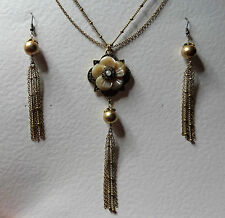 LONG MOTHER OF PEARL FLOWER TASSEL NECKLACE SET DOUBLE CHAIN DARK GOLD PLATED