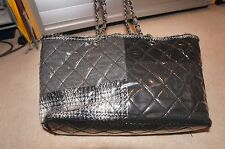 Chanel tote bag - 100% genuine/Authentic from  04P collection