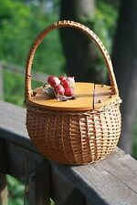 Vintage DARLING Small WICKER PURSE WITH CHERRIES!  Wooden Top ~ Pin Up Cute! VLV