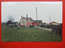 PHOTO  CAMBRIDGE GAMLINGAY RAILWAY STATION 1988 - VIEW 2 NOW A PRIVATE HOUSE