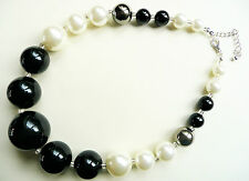 ACCESSORIZE CHUNKY NECKLACE - GLOSSY BLACK, CREAMY PEARL & DARK GUNMETAL BEADS