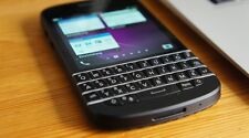 BLACKBERRY Q10 (UNLOCKED) + MINT CONDITION+ ON SALE !!