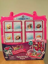 Gift'ems Hotel & Spa Playset New 9 pieces Carry Case