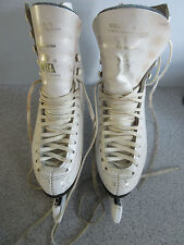 WIFA CHAMPION ICE DANCE BOOTS SIZE 4.5 FITTED WITH CORONATION ACE DANCE BLADES