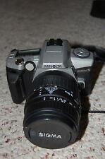 Minolta Maxxum 5 35mm SLR