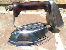 Old Akron Clothes Gas Iron Diamond Brand