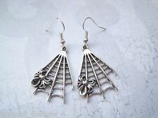 *SPIDER ON WEB* Silver Plated Drop Earrings Gothic HALLOWEEN Spiderweb