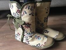 UK 6 EUR 39 Beige Khaki Rust Floral Fleece Lined Pull on Bow Detail Ankle Boots