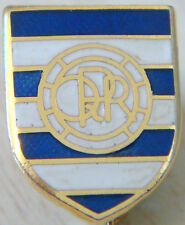 QUEENS PARK RANGERS Vintage Club crest type badge Brooch pin in gilt 13mm x 17mm