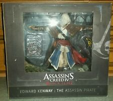 ASSASSIN'S CREED IV BLACK FLAG EDWARD KENWAY ASSASSIN PIRATE STATUA 2014 * NUOVO *