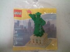 LEGO STATUE OF LIBERTY #40026 FROM ROCKEFELLER CENTER NYC  BNIB POLYBAG