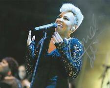 **GFA Next to Me *EMELI SANDE* Signed 8x10 Photo E3 COA**