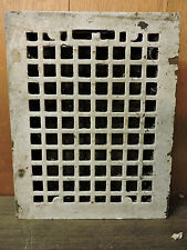 ANTIQUE CAST IRON HEATING GRATE SQUARE DESIGN 14 X 11 A