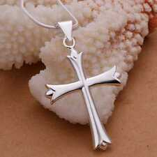 POINTED NEW ORLEANS GOTHIC STYLE SIMPLE CROSS CRUCIFIX PENDANT NECKLACE