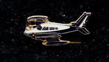 CESSNA 310/320 HAT LAPEL PIN UP PILOT CREW SOLO GIFT WING TWIN ENGINES AIRPLANE