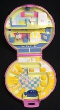Polly Pocket Mini 1989-Polly Pocket Polly 's Cafe Compact