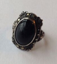 VINTAGE ART DECO STERLING SILVER BLACK ONYX AND MARCASITE RING SIZE 5.5