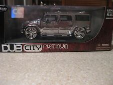 HUMMER H2 1:24 DIECAST PLATINUM CHROME LIMITED EDITION BRAND NEW