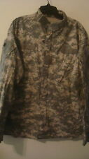 Army Digital CAMO Coat Shirt / Jacket Combat  Sz Large Reg Lots of Pockets