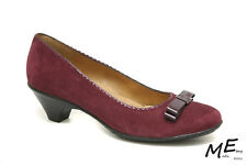 New Softspots Santessa Suede Slip-On Flats Women Shoes Sz 7.5 Purple (MSRP $90)