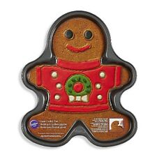 "WILTON Gingerbread Man Boy Giant Cookie Pan 14"" Christmas Sweater Wreath New"