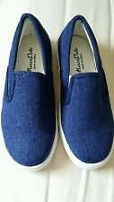 Women flats shoes blue color size 5 Made in Korea