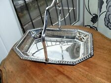 VINTAGE ELEGANT SILVER PLATED PIERCED TRAY WITH SWIVEL HANDLE & 4 BALL FEET