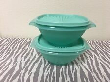 Tupperware Classic Servalier Bowls Set of Two Mint  w/ Matching Seals 4 Cups New