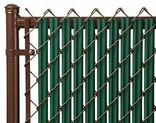 Chain Link Green Single Wall Ridged™ Privacy Slat For 8ft High Fence Bottom Lock