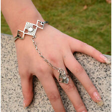 1Pc Retro Style Bracelet Hand Chain Link Finger Ring Bracelet Jewelry Decoration