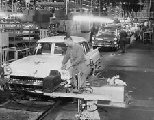 Ford Mercury 1955 Assembly line Finishing Dept 5 x 7 Photograph