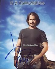JOHNNY DEPP genuine signed photo - Casual pose - PIRATES OF THE CARIBBEAN