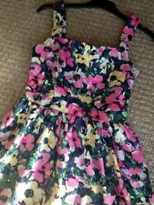 FLORAL VINTAGE STYLE 50's - SIZE 6 - New With Tags