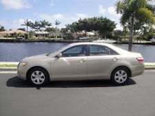 Toyota: Camry LE Leather