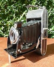 Ancien appareil photo AGFA BILLE record avec sa pochette en cuir