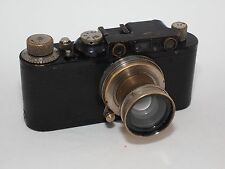 Leica I/II conversion Black Paint 35mm rangefinder camera and 5 cm f/2 Summar