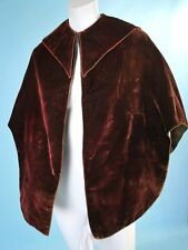 1840 AUBERGINE SILK VELVET DEMI CLOAK OR MANTLE