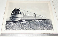 PHOTO ECOLE 1954 USA LOCOMOTIVE DIESEL BURLINGTON ROUTE SILVER KNIGHT DENVER