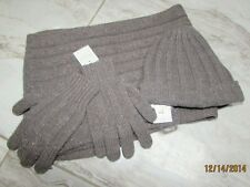 Bonpoint girls hat, scarf and glove set NWT