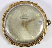 MONTRE BRACELET Marque «  LOV » Datomatic R. BARROUYER Diamètre environ 3.4 cm