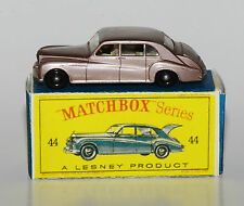 Matchbox No. 44 - Rolls-Royce Phantom V in Reprobox