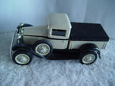 Classic Auto Series Die Cast Metal Ford Model A With Key